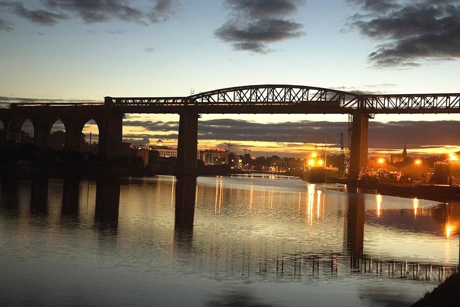 Drogheda Life image of the Boyne Viaduct at night